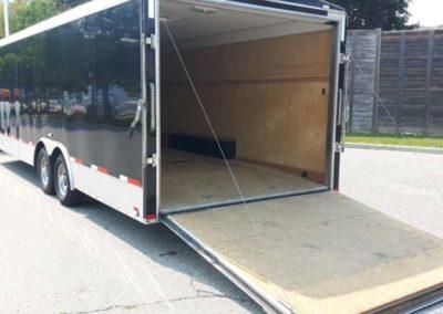 enclosed-car-trailer-rental-03