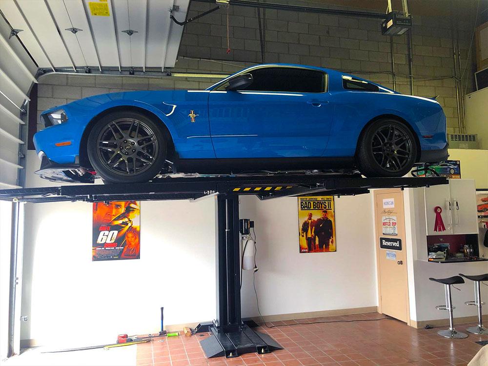 garage-car-lift-one-post-01